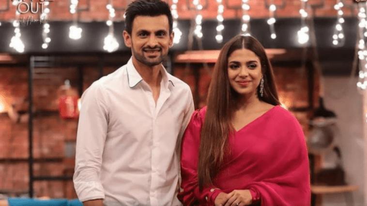 Sonya Hussyn call her Mom choose Shoaib Malik as her Partner