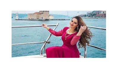 Actress Aiman Khan Announced Launch Her Own Perfume