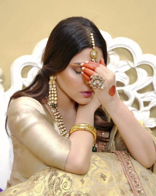 Hadiqa Kiani Is Elegantly Styled in Traditional Bridal Shoot