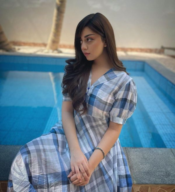 Alizeh Shah Slays a Simple Look In Breezy Summery Dress