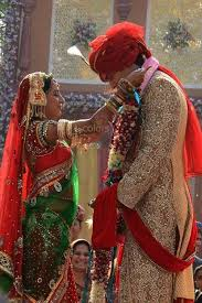 rajasthani wedding couple