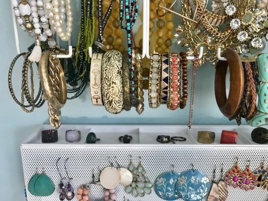 organizating bracelets