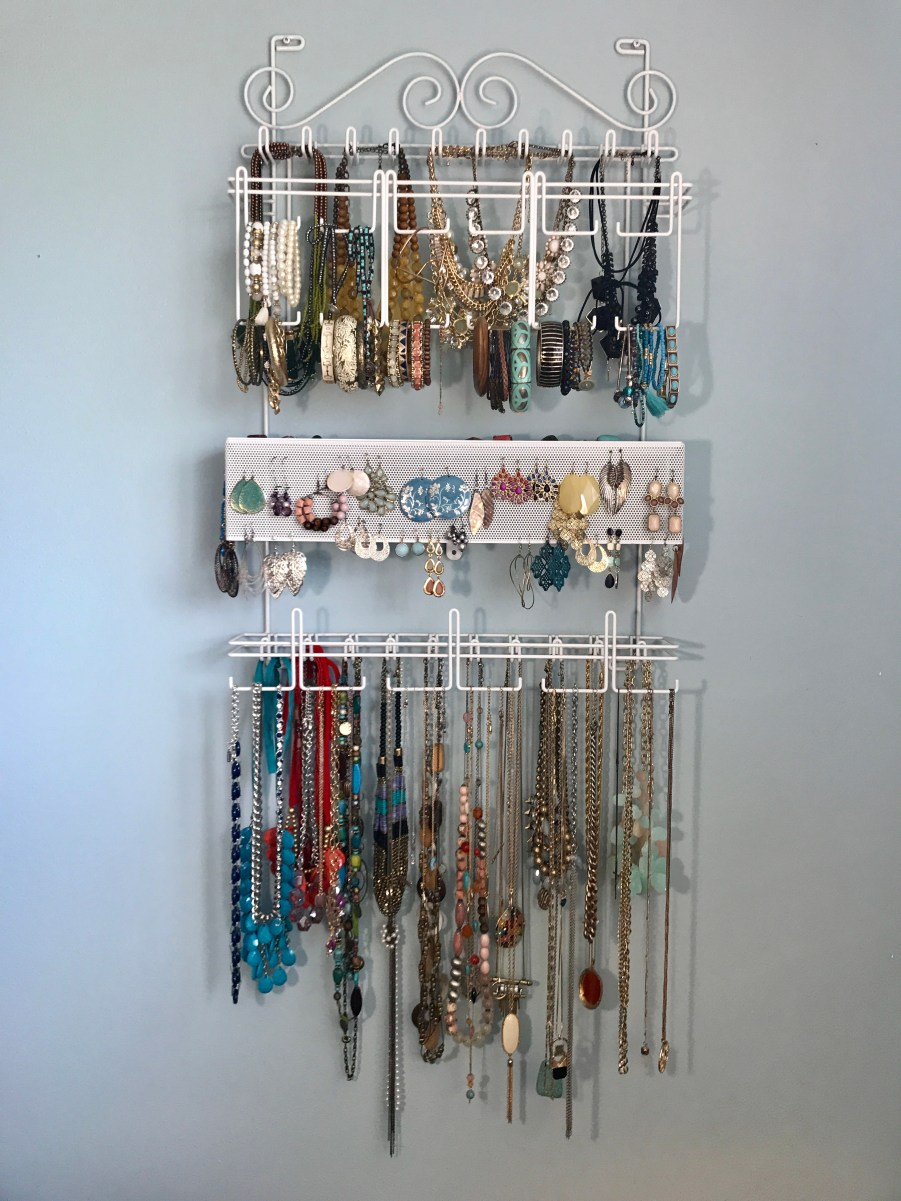 Wall hanger - jewelry organization