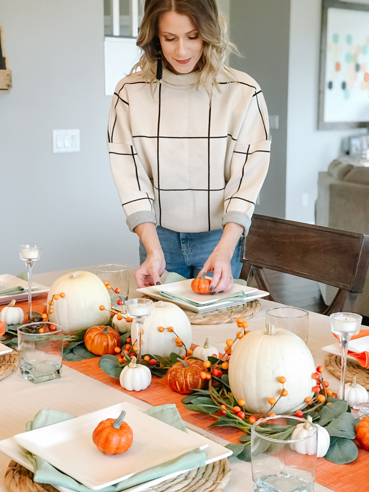 A Simple, Yet Elegant, Thanksgiving Table + Rules To Follow