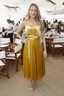 12-cannes-film-festival-2016-blake-lively-yellow-dress