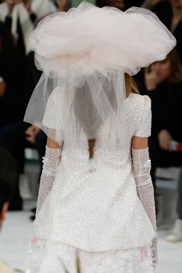it's-chanel-baby-style behind_18