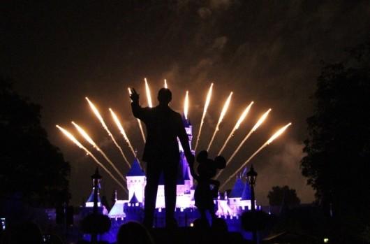 disneyland-fireworks-3