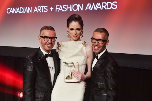 Canadian-Arts-Fashion-Awards-2014-Model-of-the-Year-winner-Coca-Rocha-with-DSquared2s-Dean-and-Dan-Caten