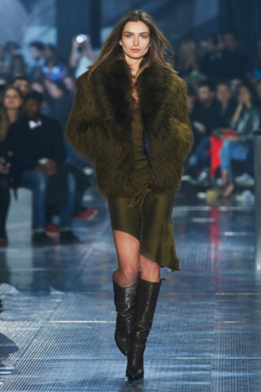 hm-studio-aw-14-fall-2014-runway-collection-show-3