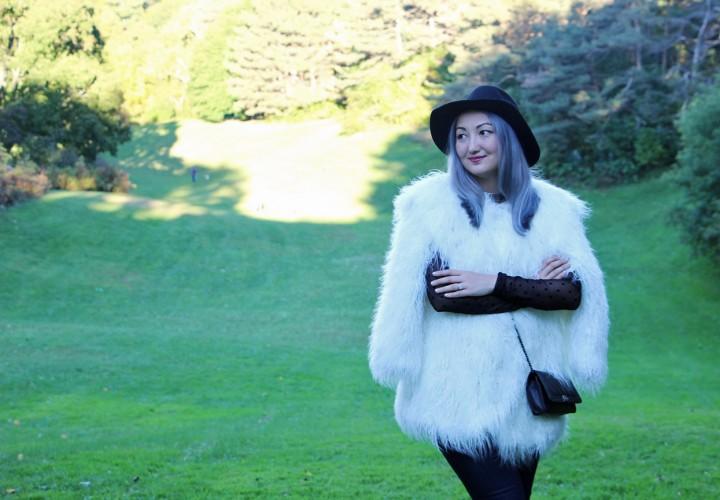 h&m-studio-faux-fur-jacket-cape-over-the-knee-boots-15