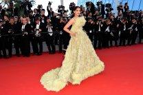 Cannes-2015-Sonam-Kapoor