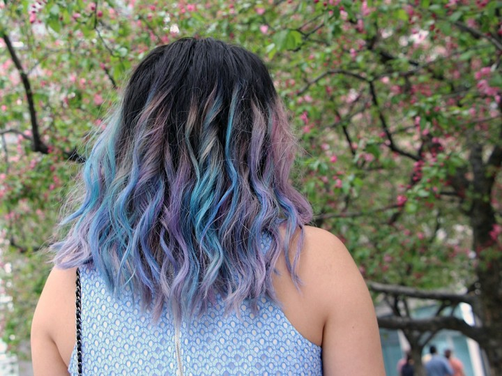 rainbow-mermaid-unicorn-hair-garnier-color-styler-8