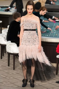 chanel-haute-couture-fall-2015-casino-chanel-6