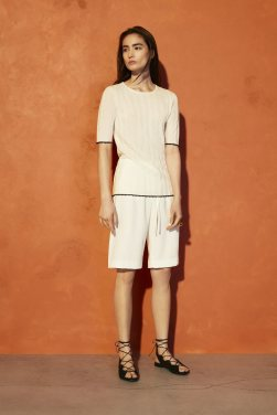 Aritzia-Spring-Summer-Collection-Lookbook-2016