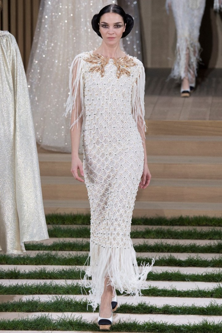 chanel-haute-couture-spring-2016-11