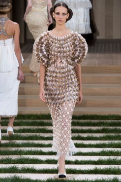 chanel-haute-couture-spring-2016-9
