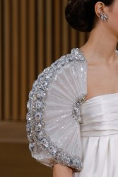 chanel-haute-couture-spring-2016-details-4