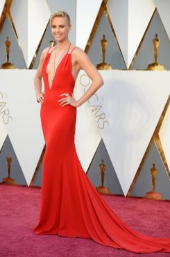 The-Oscars-2016-Best-Dressed-Charlize-Theron