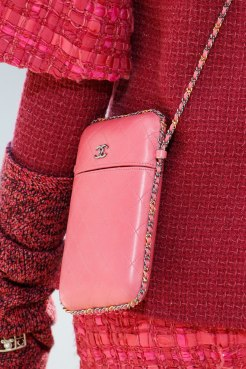 chanel-fall-2016-bags-2
