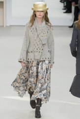 chanel-fall-2016-front-row-only-collection-cat-skirt