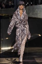 hm-studio-aw-fall-2016-paris-fashion-week (2)