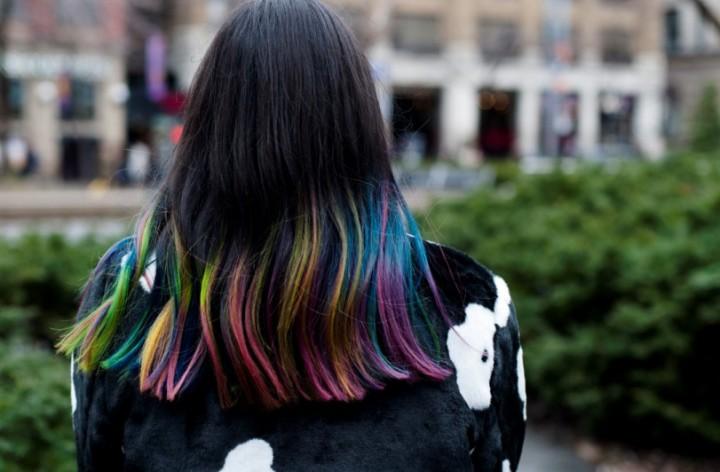 toronto-fashion-week-street-style-2016-daisy-faux-fur-coat-rainbow-hair6