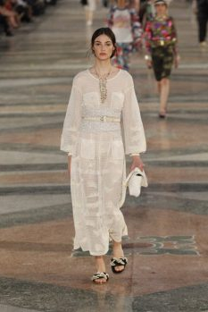 chanel-cuba-resort-collection-spring-summer-2017-9