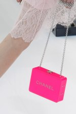 chanel-spring-2017-rtw-collection-minaudiere