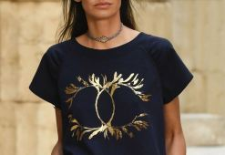 chanel-resort-2018-greece-logo-tshirt