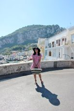 boating-in-capri-what-to-wear