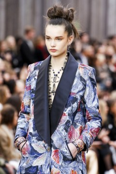 chanel-fall-winter-2018-collection-jewelry3