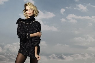 CHANEL_Coco_Neige_Margot-Robbie-ad_campaign_pictures_by_Karl_Lagerfeld_LD