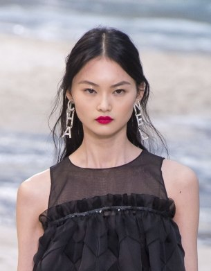 chanel-spring-2019-by-the-sea-cha-nel-earrings