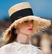 chanel-spring-2019-by-the-sea-straw-hat