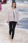 chanel-spring-2019-by-the-sea2