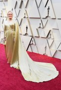 oscars-2019-glenn-close-carolina-herrera