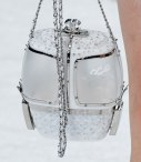 chanel-in-the-snow-fall-2019-collection-ski-lift-minaudiere-gondola4