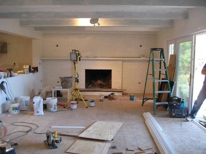Emily_Henderson_Lake_House_Livingroom