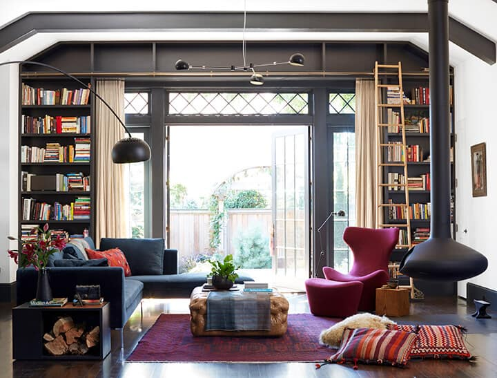 Eclectic_Living_Room_Jessica_Helgerson