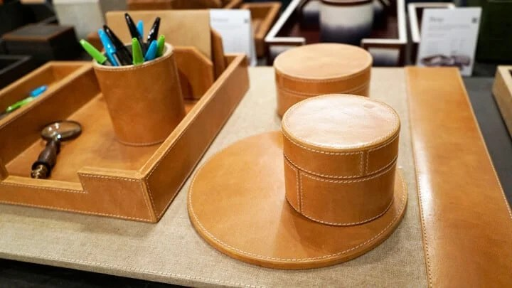Leather_Desk_Accessories