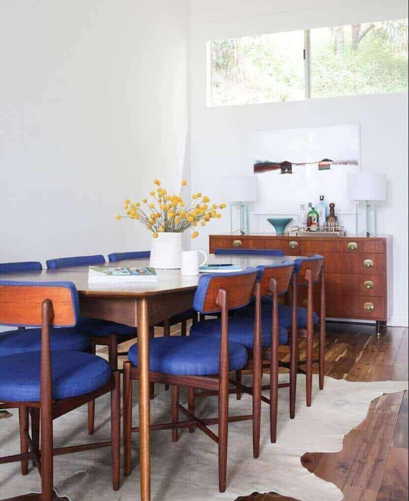bright-dining-room-1
