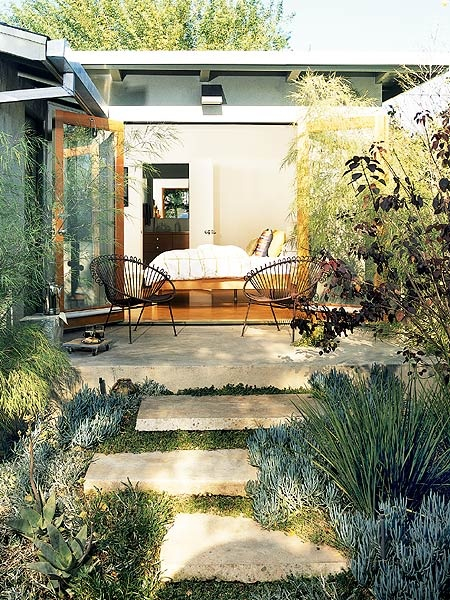 patio-rustic-modern