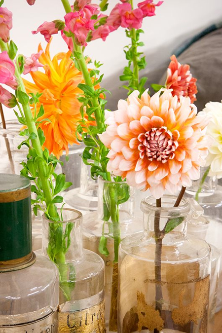 Peach Flowers Orange Flowers Glass Vases With Gold