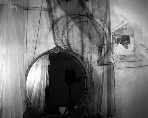 lauren-semivan-mirror-2010