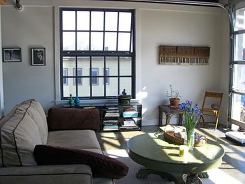 sharon-kitchens-living-room-window