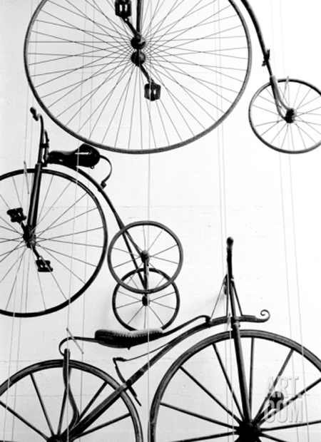 walter-bibikow-bicycle-display