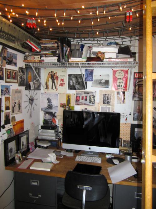 stephen-sheffield-studio-desk