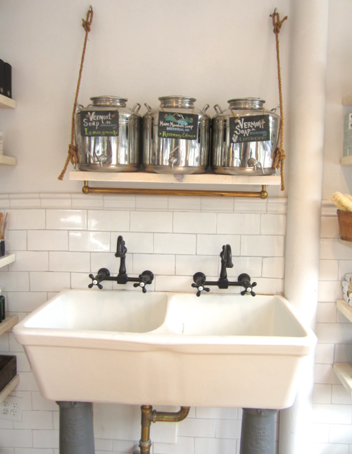 follain-farmhouse-sink