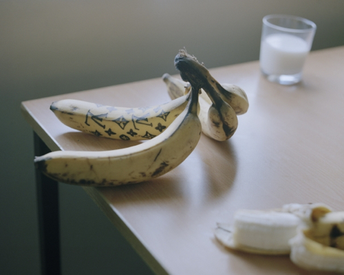rise-art-banana-photo
