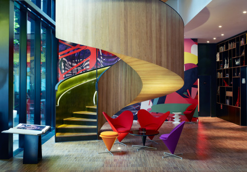 citizenm-london-stairs